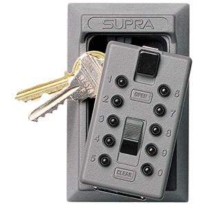Sistema controllo accessi con gestione chiavi tramite Key Safe un portachiavi da esterno