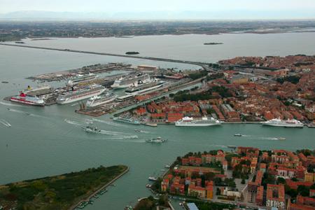 Blog SEI Sicurezza - Controllo accassi sicurezza venezia terminal passeggeri