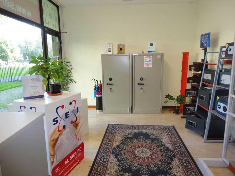 Visita lo Showroom di Casseforti e Armadi Blindati SEI Sicurezza a Padova
